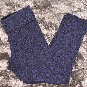 AE cropped workout leggings